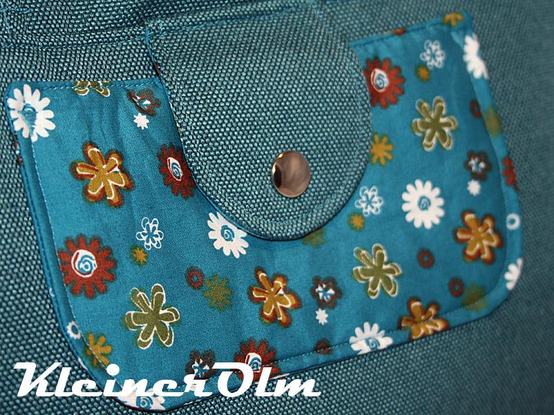 357e2423f4d56 Lederpuschen nach Wunsch - Handtasche Petrol mit Blumen Bowlingbag ...